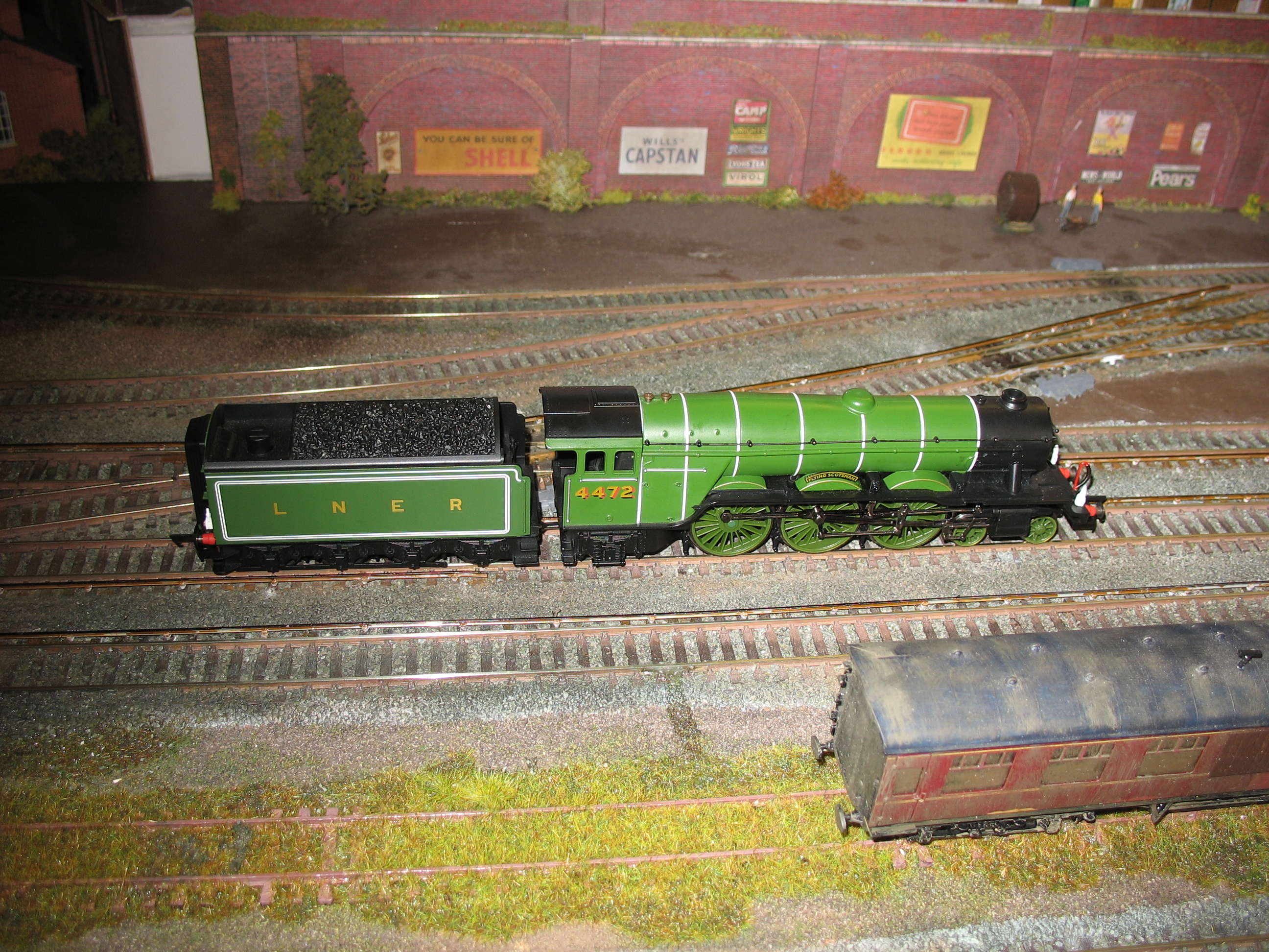 Flying Scotsman takes a turn around BWJ